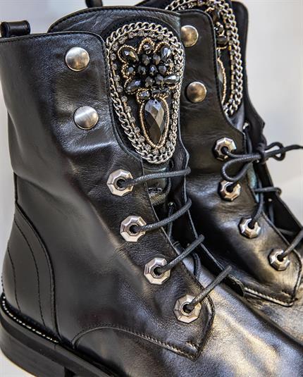 Winkeldetail schoenen banner 1
